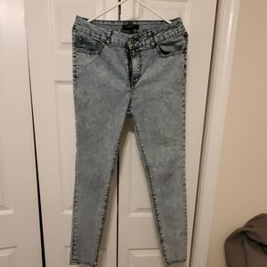 Forever 21 washed out skinny jeans